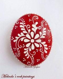 Huevos pysanky ucranianos motivos bandas eternas